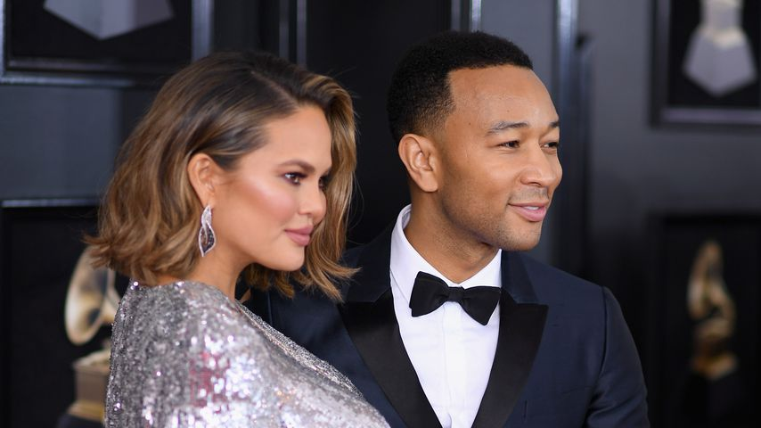 Chrissy Teigen und John Legend bei den Grammy Awards