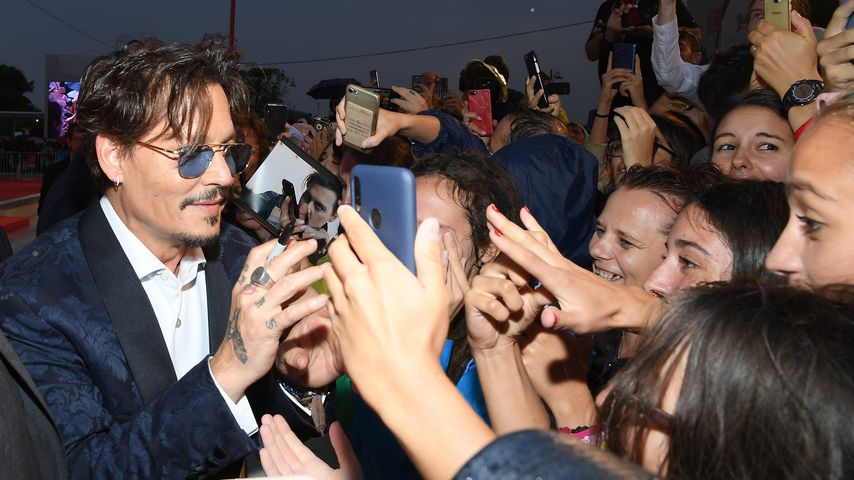 "Johnny Depp bei der Premiere von ""Waiting for the Barbarians"" in Venedig, September 2019"
