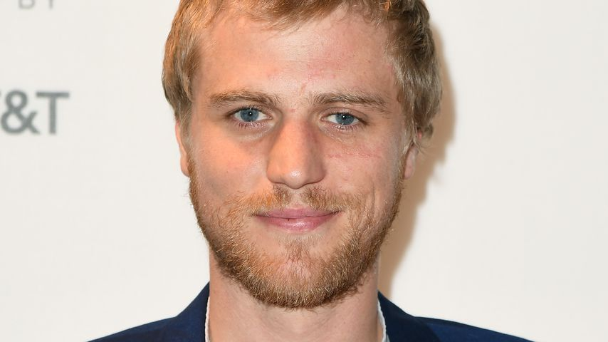 "Netflix' ""Lovesick""-Star Johnny Flynn verkörpert David Bowie"