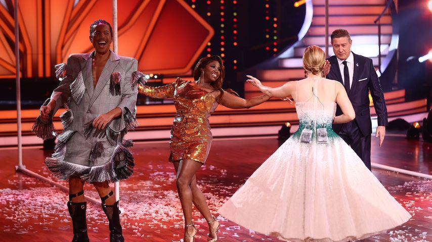 "Jorge Gonzalez, Motsi Mabuse, Victoria Swarovski und Joachim Llambi bei ""Let's Dance"""
