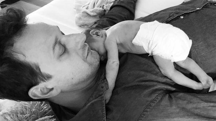"""Erstes Baby-Pic: """"Good Wife""""-Star kuschelt mit Töchterchen!"""