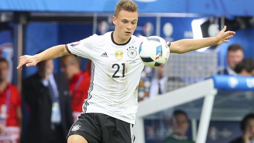 Wegen Einser-Abitur: Manuel Neuer hänselt Joshua Kimmich!