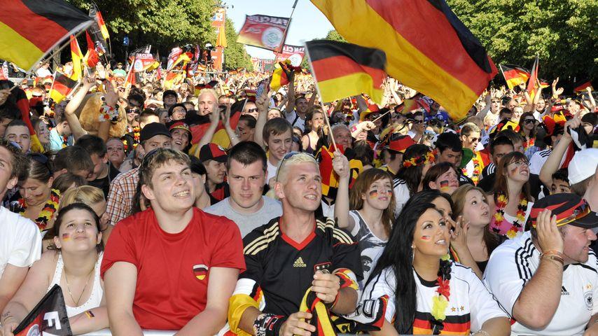 Bis zu 150 000 mehr! Berlin-Fanmeile soll wachsen