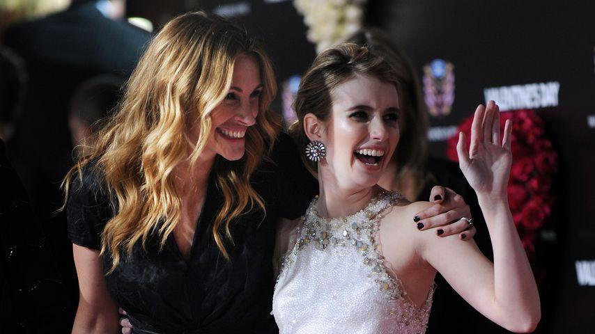 """Julia Roberts und Emma Roberts bei der Premiere von """"Valentinstag"""" in Kalifornien 2010"""