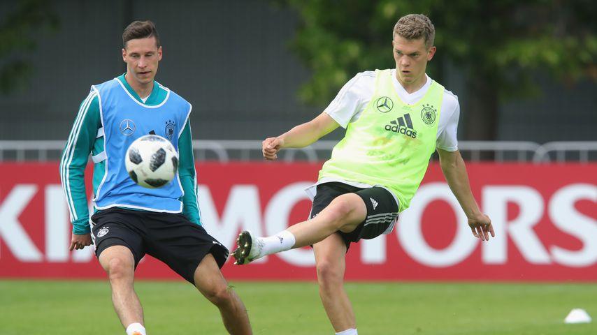 Julian Draxler und Matthias Ginter beim Training