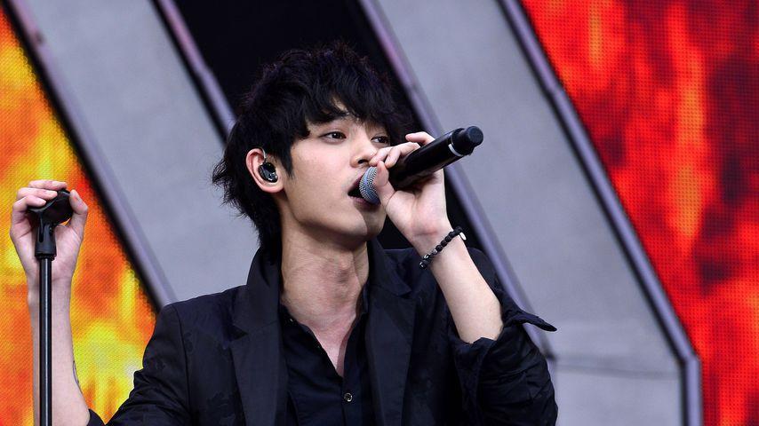 Jung Joon-young, Sänger