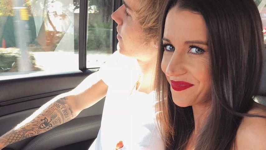 Fußmassage für Mama: Justin Biebers Lachen irritiert