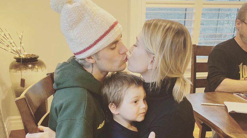 Das Fest der Liebe! Hier knutschen Justin Bieber und Hailey