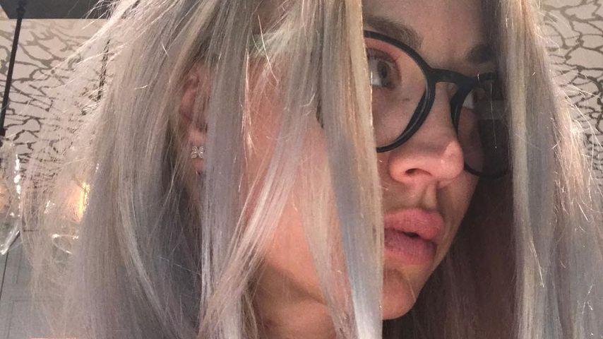 Plötzlich Granny! Kaley Cuoco überrascht mit neuer Frisur