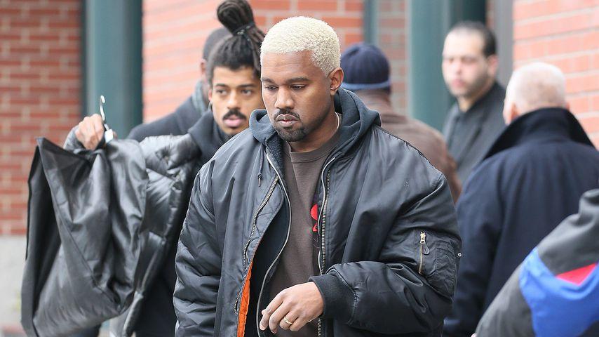 Blond wie nie! Kanye West überrascht mit Platin-Look!
