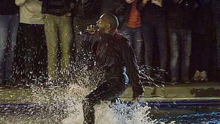 Klitschnass! Kanye West gibt Spontankonzert im See