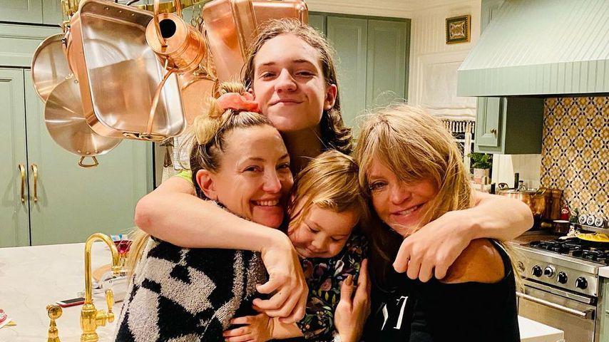 Knuffig! Kate Hudson schmust mit (fast) der ganzen Familie