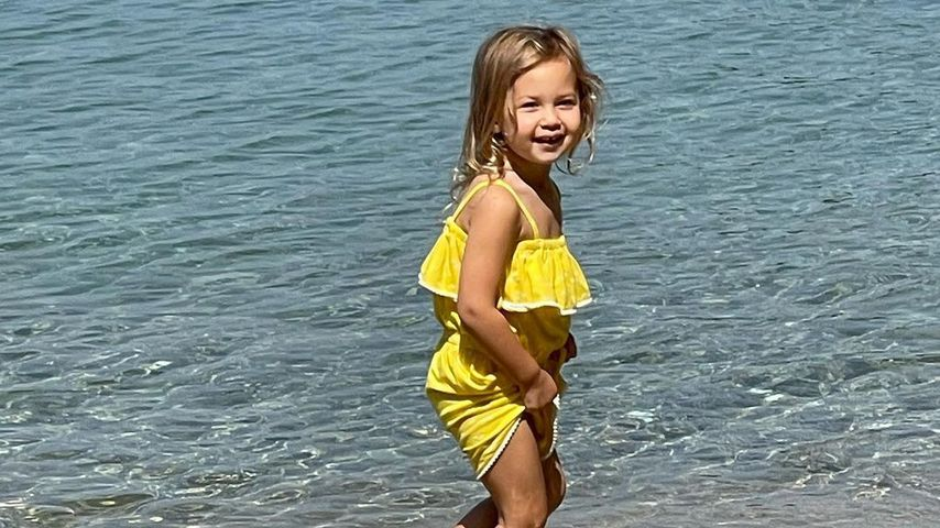 Süße Strandfotos: So groß ist Kate Hudsons Tochter Rani (2)