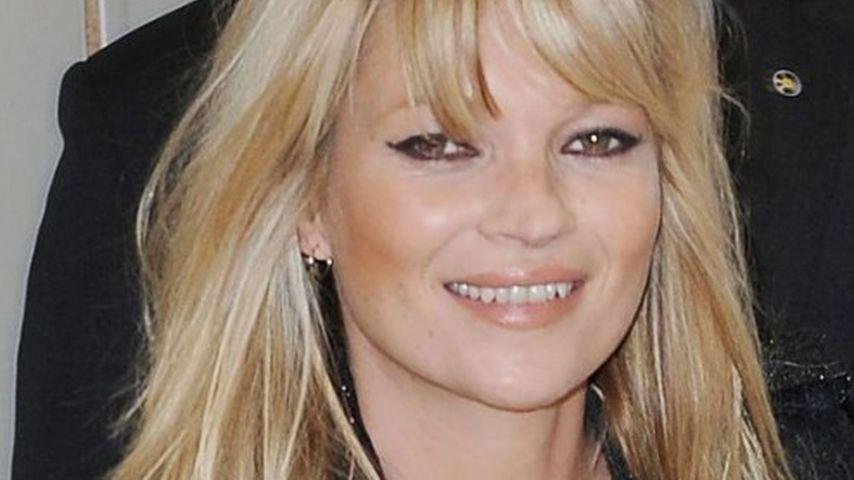 Kate Moss muss Silvester doch nicht im Pub feiern