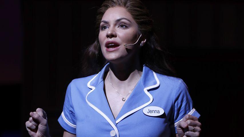 "Katharine McPhee in ""Waitress"", London 2019"