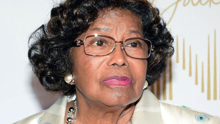 Jahrelang misshandelt: Oma Jackson wirft ihren Neffen raus!