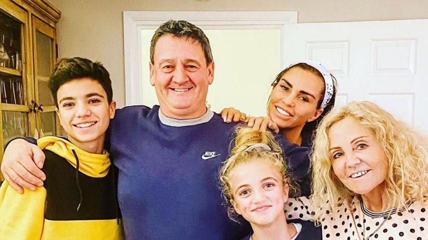 Katie Price mit ihrer Familie