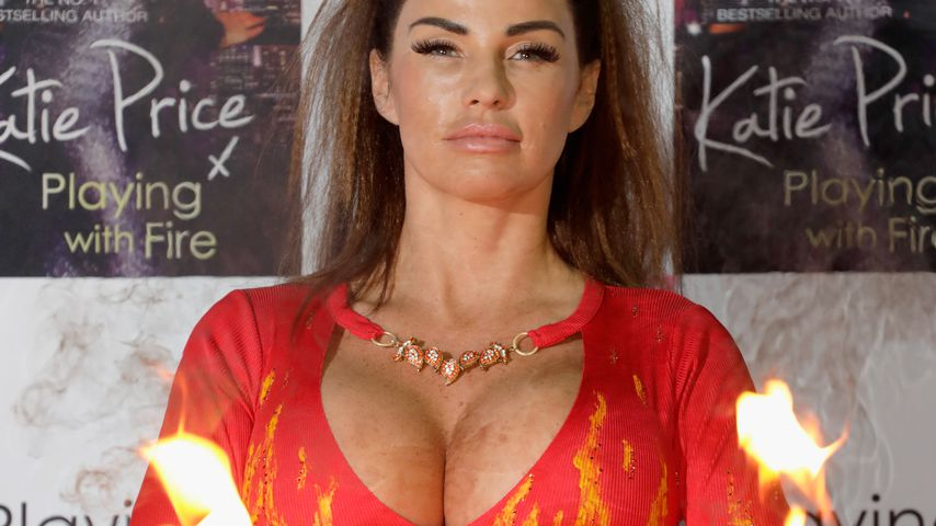 "Katie Price beim Photocall zu ihrem Buch ""Playing With Fire"" 2017"