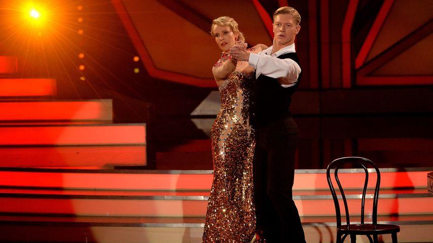 "Katja Burkard und Paul Lorenz bei ""Let's Dance"" 2015"