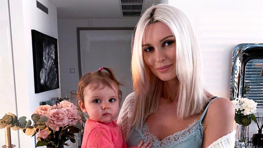 Katja Kühne mit ihrer Tochter