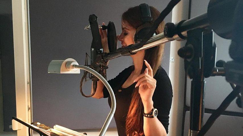 Sommerhit? Bachelor-Girl Kattia Vides nimmt ersten Song auf!