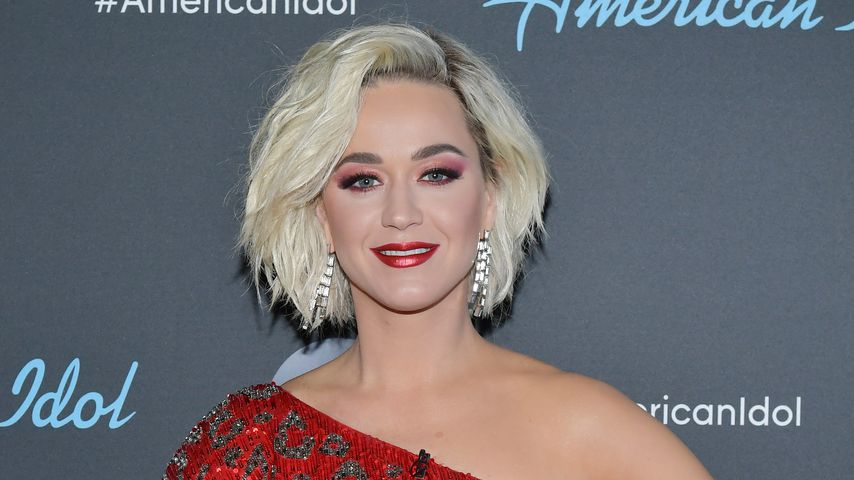 Im Badeanzug: Katy Perry plantscht mit Baby Daisy im Meer