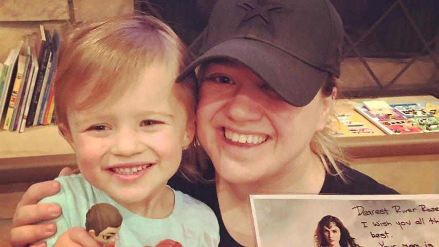 Kelly Clarkson: Wonder Woman überraschte Tochter River Rose!