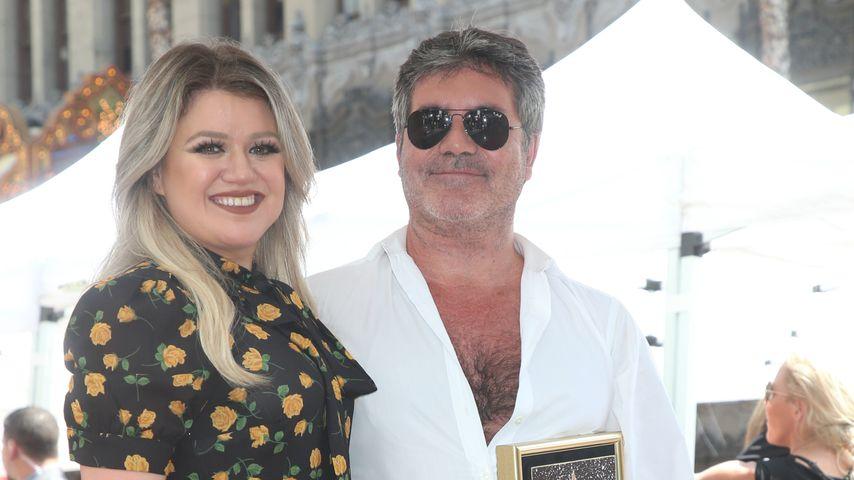 Kelly Clarkson gratuliert Simon Cowell zu Walk of Fame-Stern