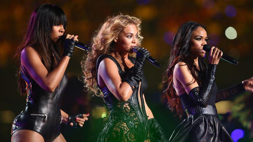 Kelly Rowland, Beyoncé Knowles und Michelle Williams bei der Super Bowl Halftime Show 2013