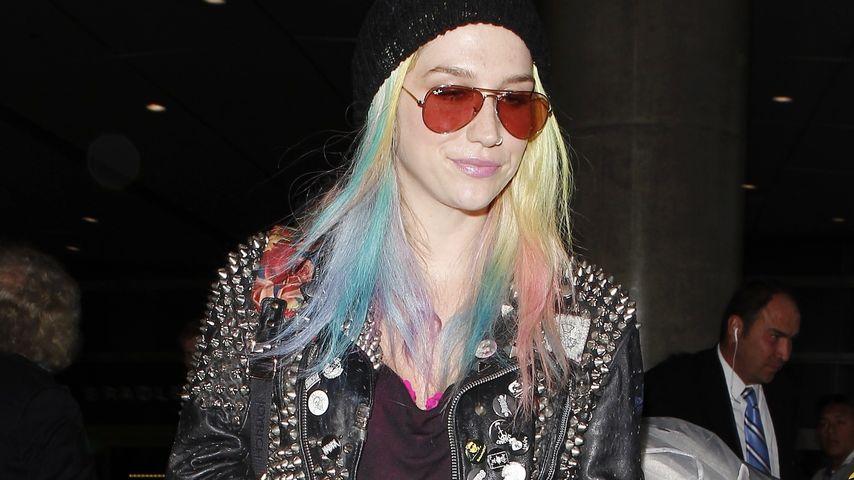 Trocken & stumpf! Färbt Ke$ha ihre Haare tot?