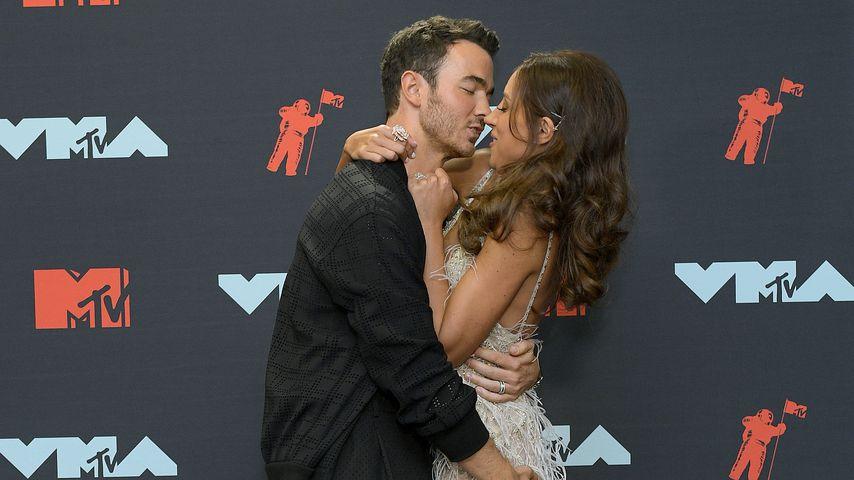 Fake-Vorwurf! Danielle Jonas gar nicht schwanger?