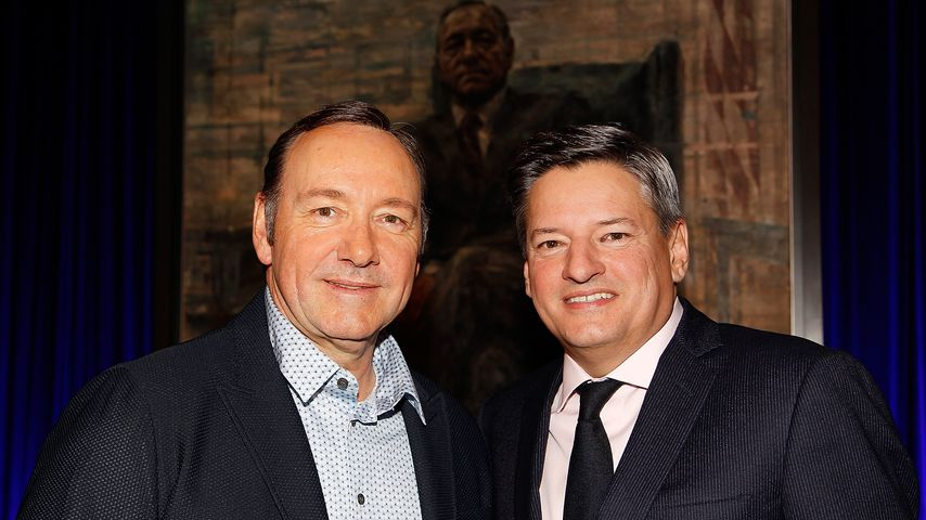 "Kevin Spacey und Ted Sarandos bei der Premiere der 4. ""House of Cards""-Staffel 2016"