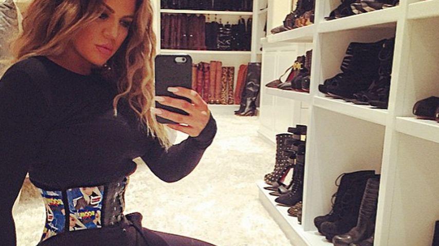Eng geschnürt! Khloe Kardashian im Taillen-Wahn
