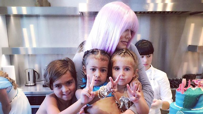 Khloe Kardashian mit Mason Disick, North West und Penelope Disick