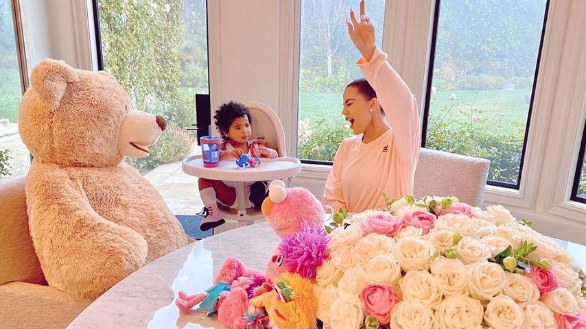 Khloé Kardashian mit ihrer Tochter True