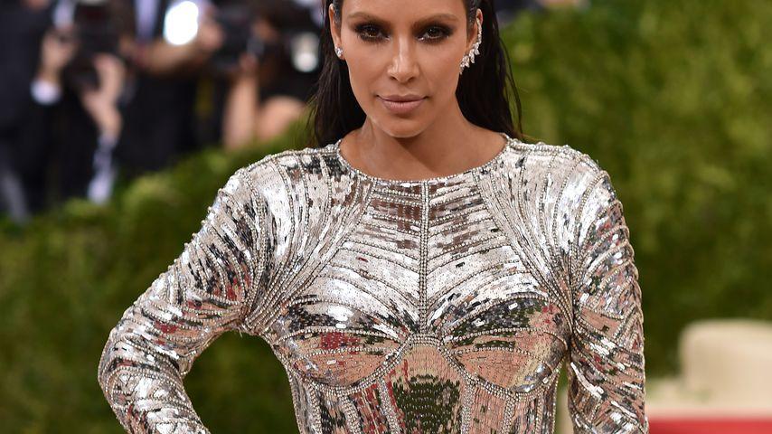 "Kim Kardashian bei der ""Manus X Machina: Fashion In An Age of Technology""-Gala 2016"