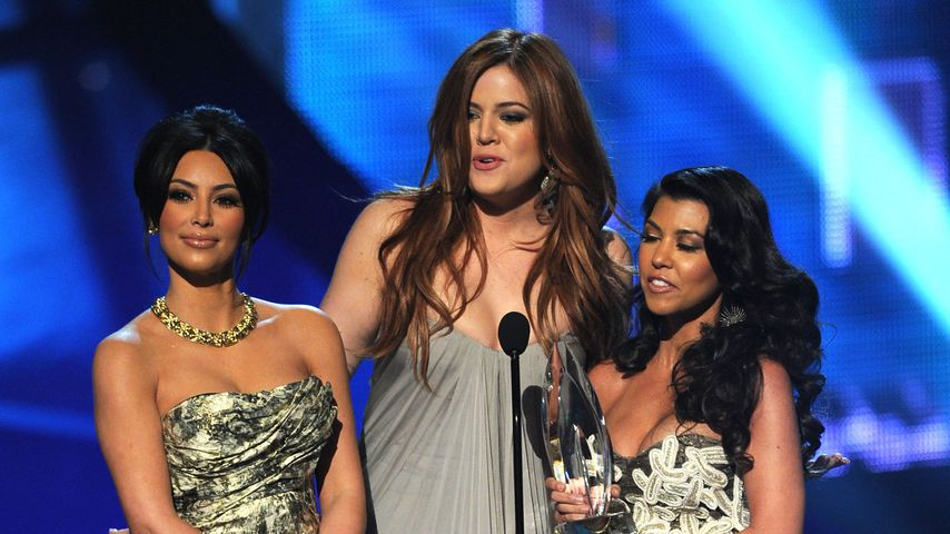 Kim, Khloe und Kourtney Kardashian bei den People's Choice Awards2011