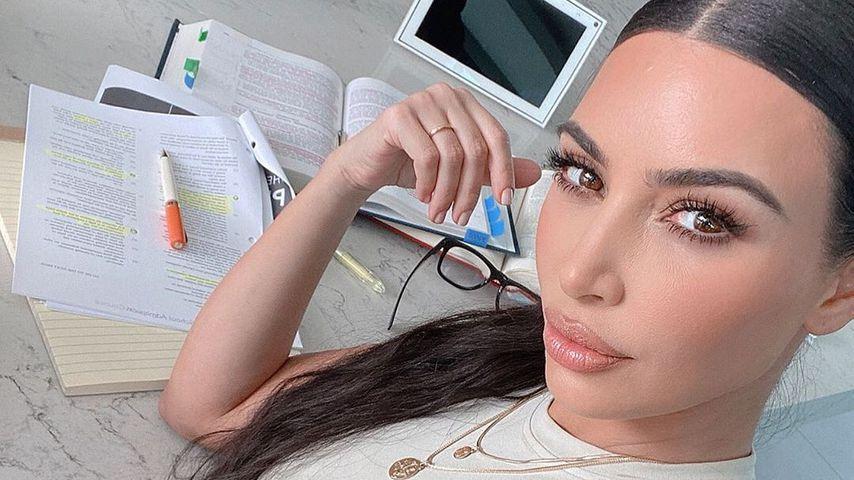 Knappe Kiste: Kim Kardashian rasselt durch das Jura-Examen