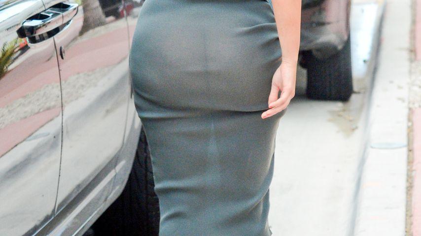Durchsichtiger Rock: Kim Kardashian ohne Slip!