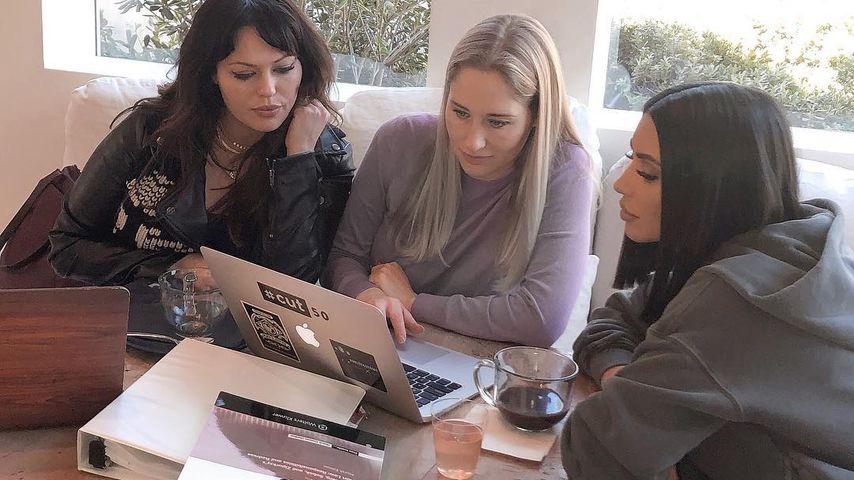 Kim Kardashian und ihre Jura-Lerngruppe