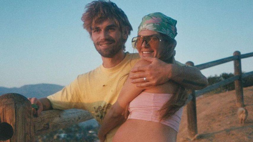Riesiger Babybauch: KJ Apa und Freundin genießen Date-Night
