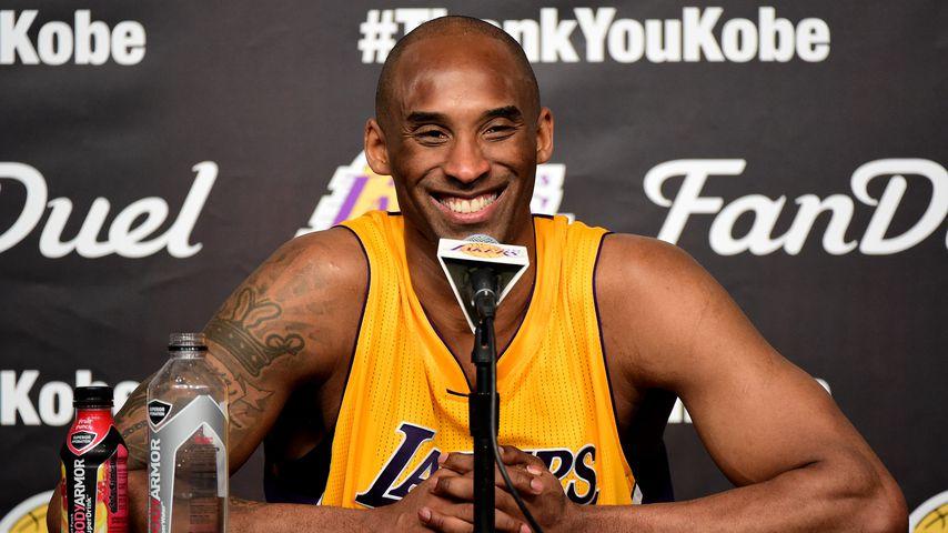 Kobe Bryant bei einer Prtessekonferenz in Los Angeles im April 2013