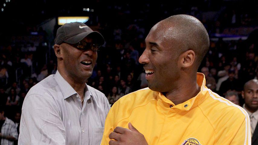 Kobe Bryant mit seinem Vater Joe, April 2010