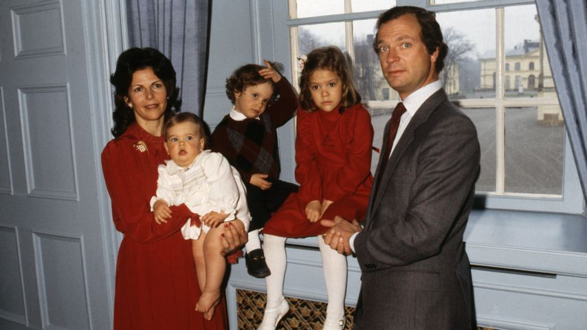 König Carl Gustaf und Königin Silvia von Schweden mit Madeleine, Carl Philip und Victoria