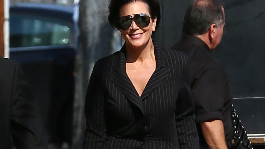 Kris Jenner vor den Live-Studios von Jimmy Kimmel in Los Angeles