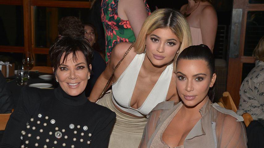 Kris Jenner mit ihren Töchtern Kylie Jenner und Kim Kardashian