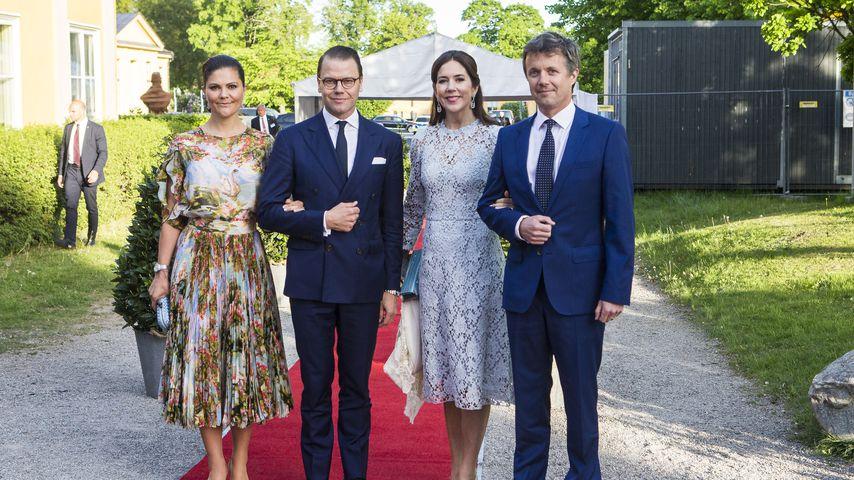 Kronprinzessin Victoria, Daniel Prinz Daniel, Prinzessin Mary und Prinz Frederik bei einem Dinner