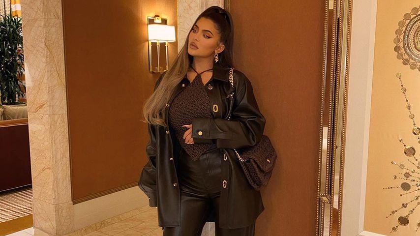 Unvorteilhaft? Kylie Jenner posiert im lässigen Leder-Look