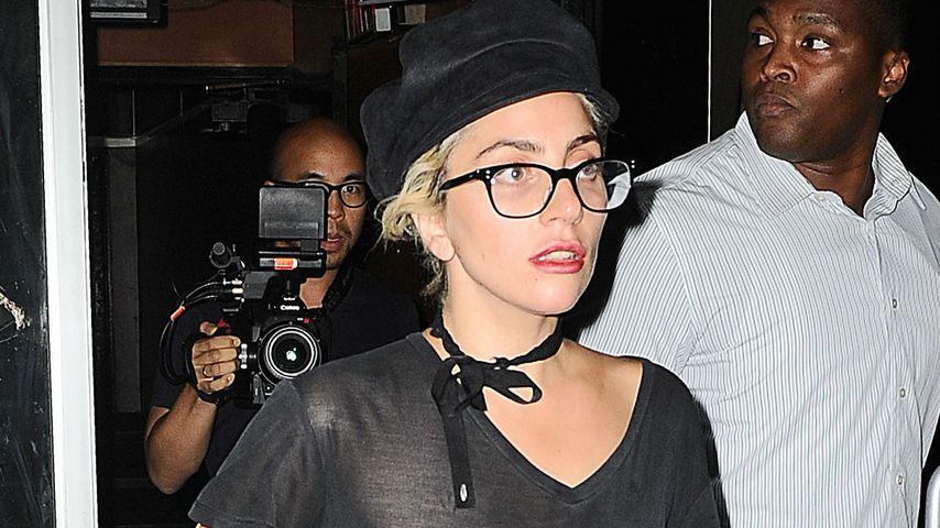 Fieser Liebes-Kummer? Lady GaGa vergisst ihren BH