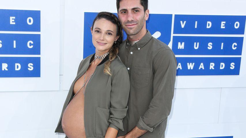 Laura Perlongo und Nev Schulman bei den VMAs 2016